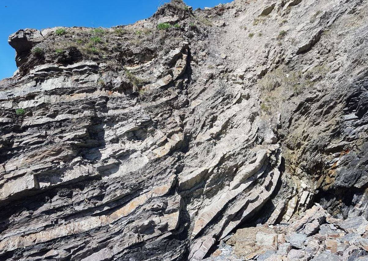 A picture showing the strata in the rocks at Booley Bay